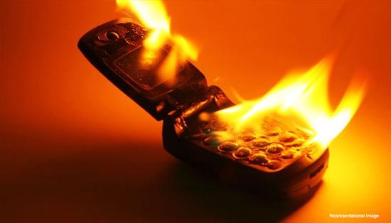 telefon-az-agyban-kigyullad