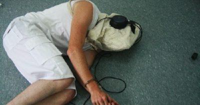 Alvásmegvonás kínzás